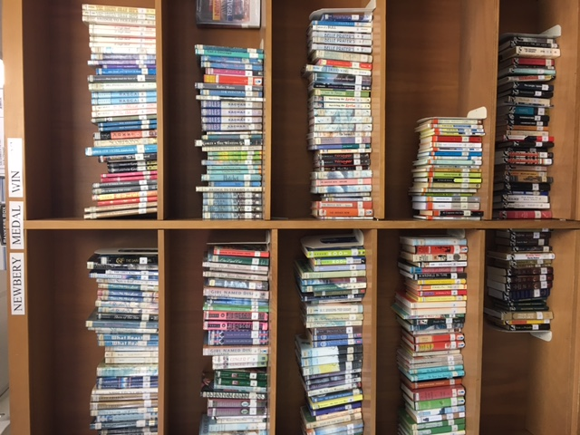 Newbery Award Shelves --- Spanish Books are Grouped